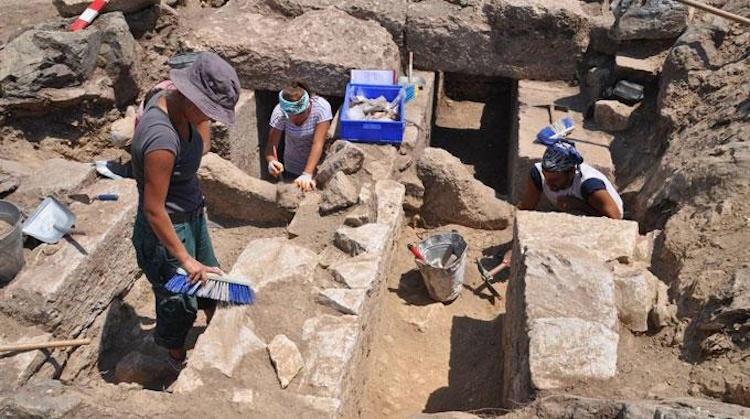 Arkeolog ve Sanat Tarihçi Kadrosuna Muhasebeciler Girdi İddiası