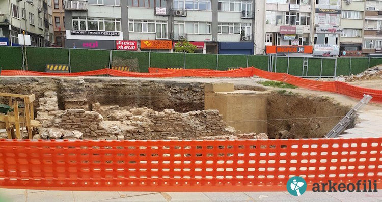 Beşiktaş metro kazısında bulunan tarihi eserler