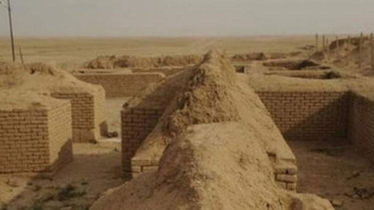 IŞİD Irak'taki Nabu Tapınağı'nı Yok Etti