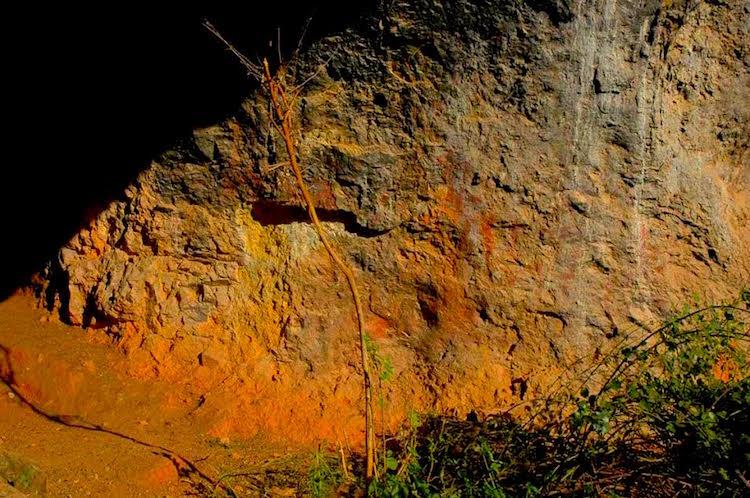 Balıkesir'deki Mağaralarda 8000 Yıllık Şaşırtıcı Resimler Bulundu