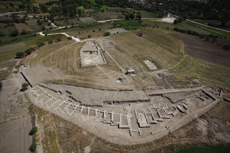 Burdur'daki Hacılar Höyük Kazıları da Maddi Sıkıntı Çekiyor
