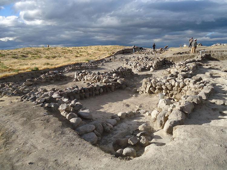 Niğde'deki Kınık Höyük'te 2500 Yıllık Pers Tapınağı Bulundu