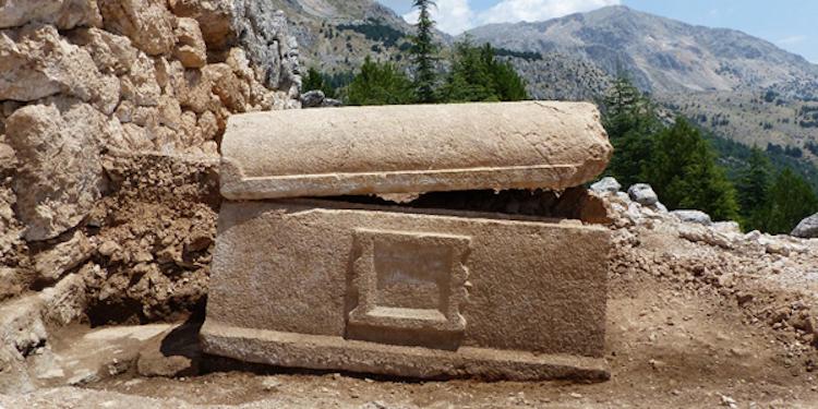 Sagalassos Antik Kenti'nde Yazıtlı Lahit Bulundu