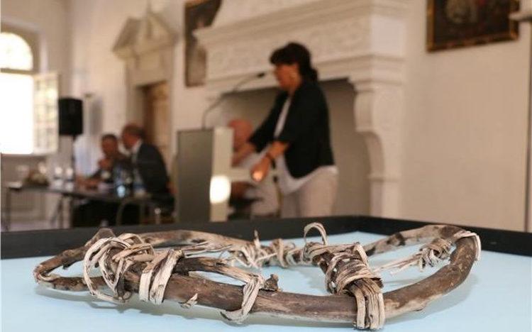 Buzadam Ötzi'nin Yakınlarında 5800 Yıllık Kar Ayakkabısı Bulundu