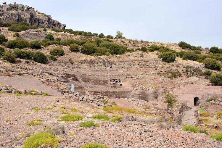 Assos Antik Kenti'nde Bizans Dönemi Han Kompleksi Bulundu