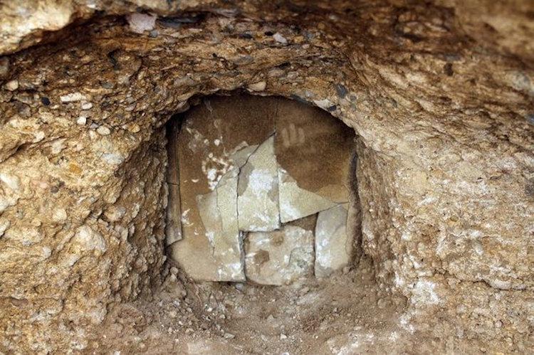 Konya'daki Kanalizasyon Kazısında Bizans Dönemi Mezarı Bulundu