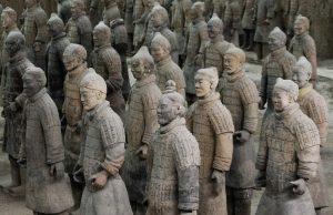 ünlü terakota askerlerini yunan heykeltraşlar tasarlamadı