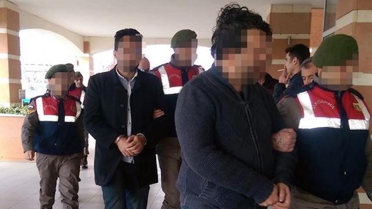 Kastamonu'da 5 Kişi Kaçak Kazı Yapmak için Jandarmaya Rüşvet Teklif Etti