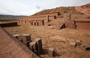İnka kentinde yürütülen çalışmalarda bir plaza ve piramit'e ait olabilecek parçalar bulundu.