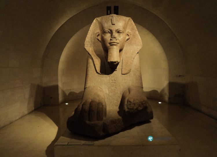 Büyük Sfenks, Louvre Müzesi