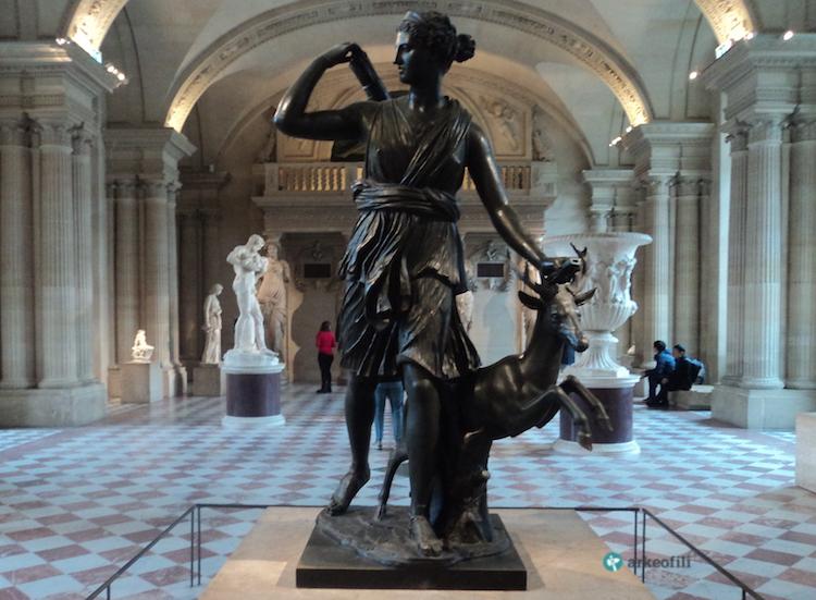 Versay Dianası (Diana of Versailles), Louvre Müzesi