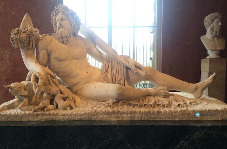 Tiber Nehri heykeli, Louvre Müzesi