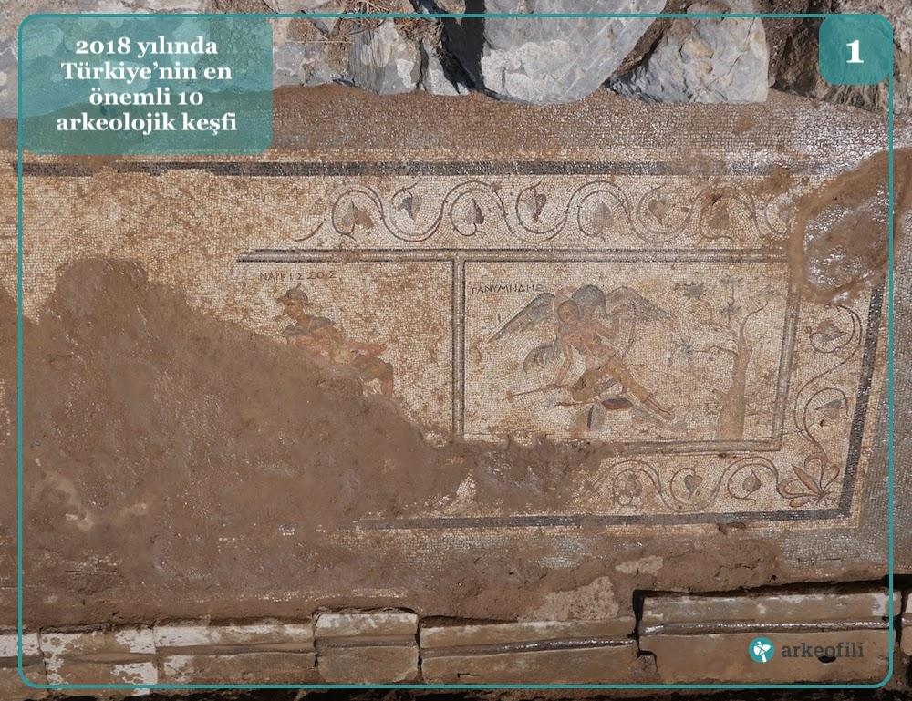 Antiochia Ad Cragum'da bulunan müstehcen latrina mozaikleri