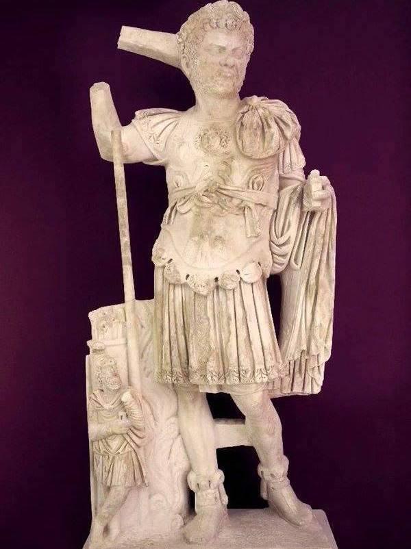 Caracalla Heykeli (Antalya Arkeoloji Müzesi)
