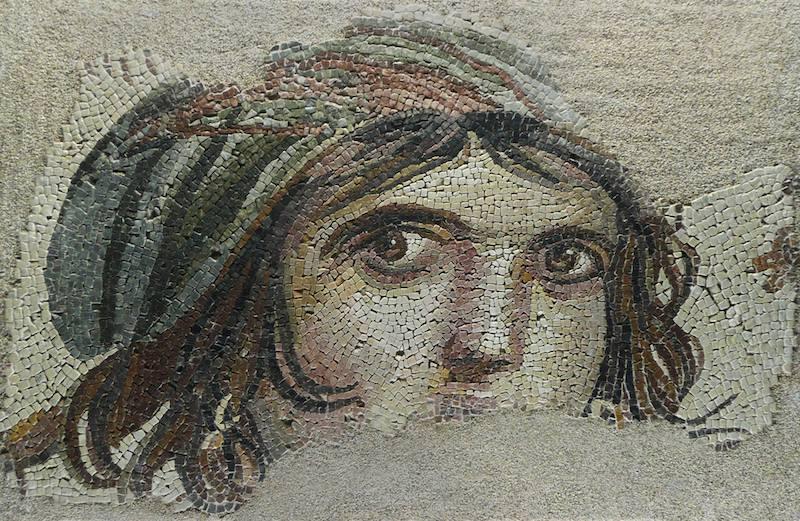 Çingene Kızı Mozaiği (Zeugma Mozaik Müzesi)