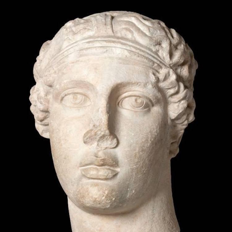 Sappho büstü (İstanbul Arkeoloji Müzeleri)