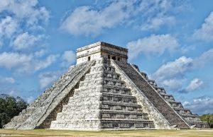 Orta Amerika'nın Sahipleri: Maya Medeniyeti Nasıl Çöktü?